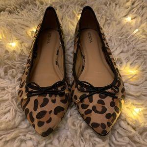 Merona✨ Leopard Print 🐆 Pointy Toe Flats
